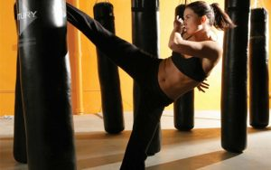 weight loss by training kickboxing